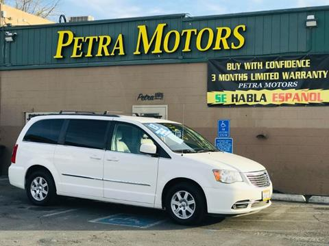 2013 Chrysler Town and Country for sale in Sacramento, CA