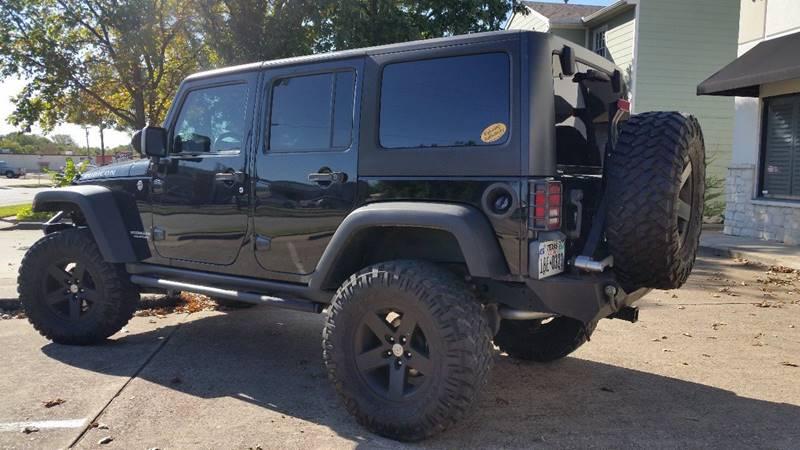 2011 Jeep Wrangler Unlimited Rubicon (image 33)