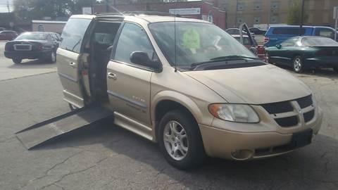 2001 Dodge Caravan for sale in Fond Du Lac, WI