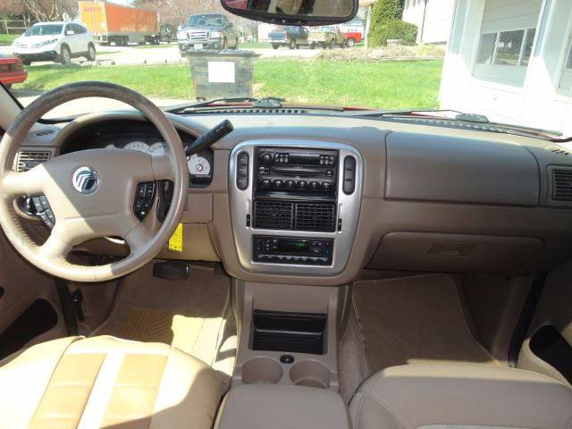 2005 Mercury Mountaineer for sale at Corkle Auto Sales INC in Angola IN