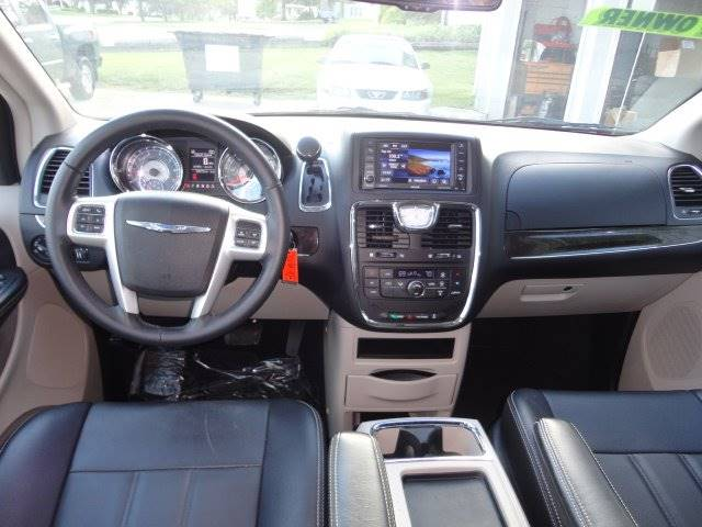 2016 Chrysler Town and Country for sale at Corkle Auto Sales INC in Angola IN