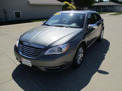 2013 Chrysler 200 for sale in Highland, IN