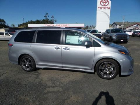 2017 Toyota Sienna for sale in Newport, OR