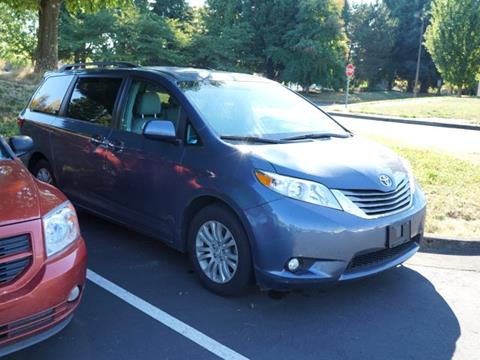2015 Toyota Sienna for sale in Corvallis, OR