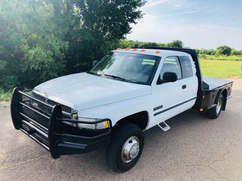 1999 Dodge Ram Pickup 3500 for sale at The Truck Shop in Okemah OK
