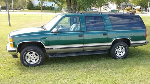 1999 Chevrolet Suburban for sale in Milwaukee, WI