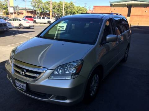 2007 Honda Odyssey for sale at Autolink in San Leandro CA