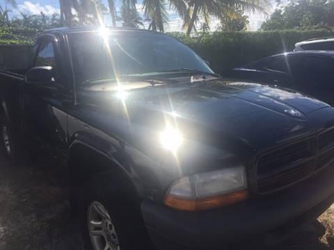 2003 Dodge Dakota for sale at CAR EXCHANGE in Hollywood FL