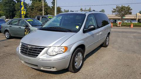 2006 Chrysler Town and Country for sale in Federal Way, WA