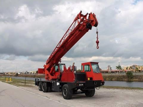 1990 Lorain MCH-275-D for sale in Miami, FL