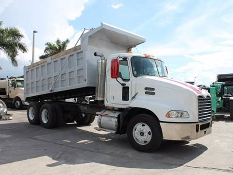2009 Mack PINNACLE  for sale in Miami FL