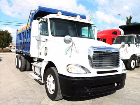 2007 Freightliner Columbia for sale in Miami FL