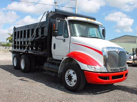 2007 International 8600 for sale in Miami, FL