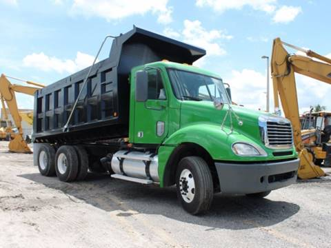 2007 Freightliner Columbia for sale in Miami, FL