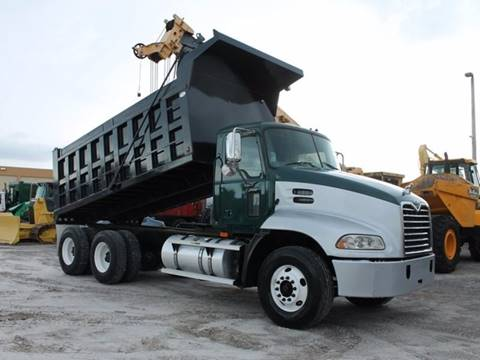 2005 Mack ASPT  for sale in Miami FL