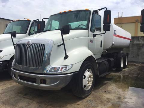 2006 International 8600 for sale in Miami FL
