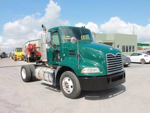 2009 Mack CX612 Single Axle Daycab for sale in Miami FL