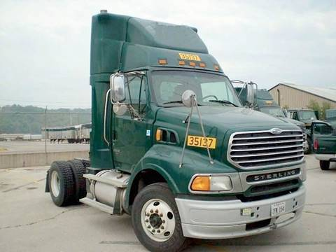 2007 Sterling A9513 Single Axle Daycab for sale in Miami FL