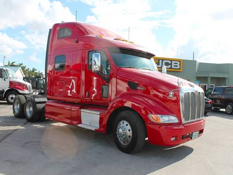 2010 Peterbilt 387 Tandem Axle Sleeper for sale in Miami FL