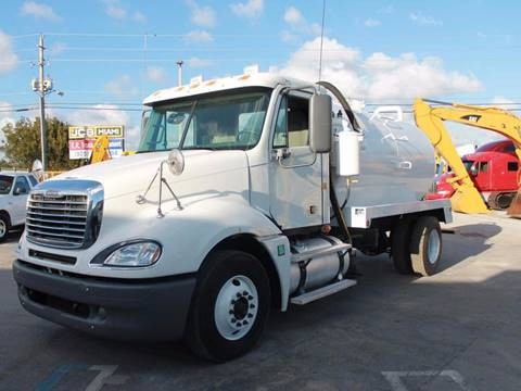 2007 Freightliner Colombia Septic Tank Truck for sale in Miami FL