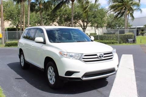2013 Toyota Highlander for sale in Naples FL