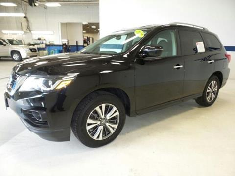 2017 Nissan Pathfinder for sale in Oshkosh, WI