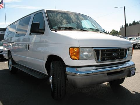 2003 Ford E-Series Wagon for sale in Milwaukie, OR