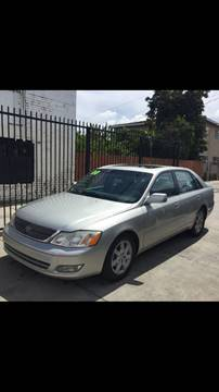2000 Toyota Avalon for sale in Long Beach, CA