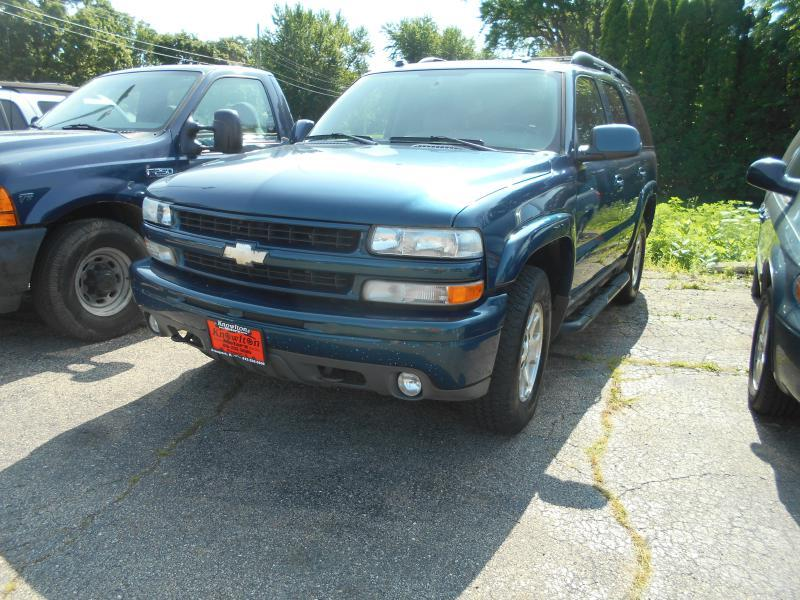 2005 Chevrolet Tahoe for sale at Knowlton Motors, Inc. in Freeport IL