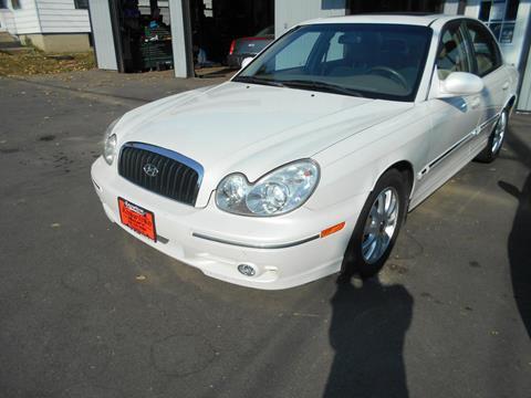 2004 Hyundai Sonata for sale at Knowlton Motors, Inc. in Freeport IL