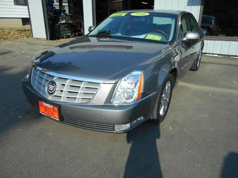2006 Cadillac DTS for sale at Knowlton Motors, Inc. in Freeport IL