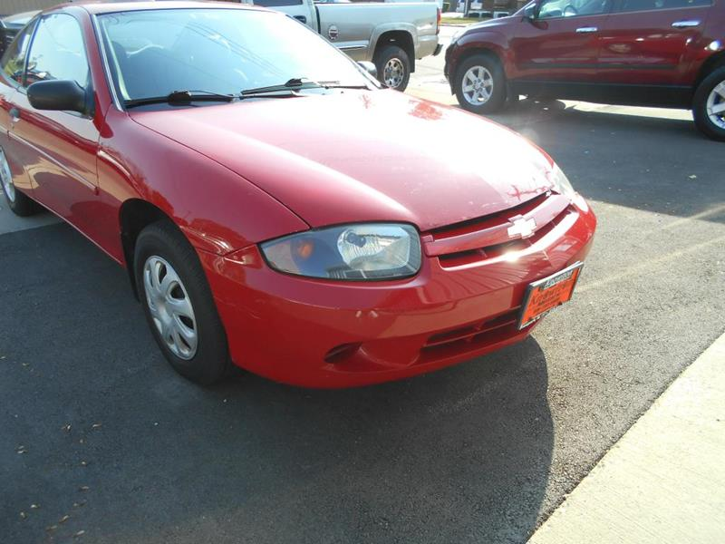 2004 Chevrolet Cavalier for sale at Knowlton Motors, Inc. in Freeport IL