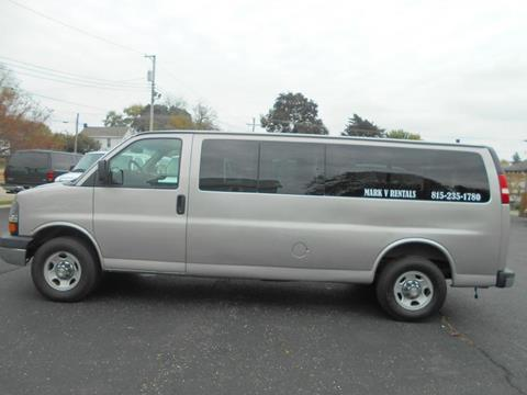 2006 Chevrolet Express Passenger for sale in Freeport, IL