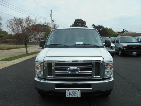2013 Ford E-Series Wagon for sale in Freeport, IL