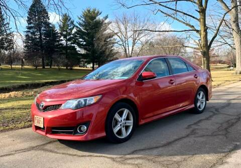 2012 Toyota Camry for sale at Knowlton Motors, Inc. in Freeport IL