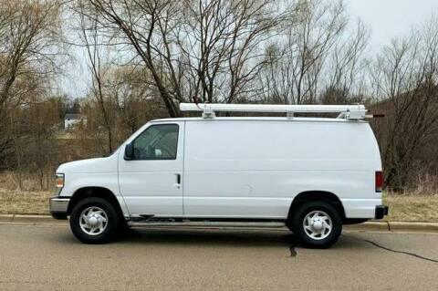 2013 Ford E-Series Cargo E-250 for sale at Knowlton Motors, Inc. in Freeport IL