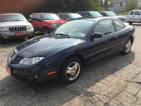 2005 Pontiac Sunfire for sale at Knowlton Motors, Inc. in Freeport IL