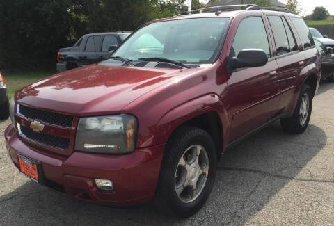 2008 Chevrolet TrailBlazer for sale at Knowlton Motors, Inc. in Freeport IL
