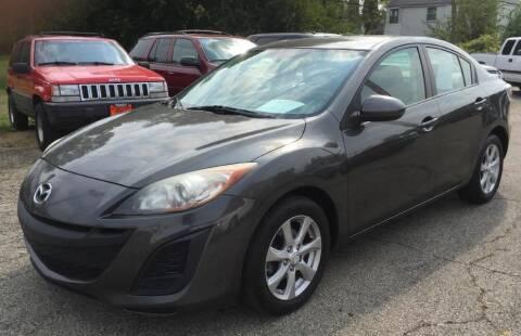 2011 Mazda MAZDA3 for sale at Knowlton Motors, Inc. in Freeport IL