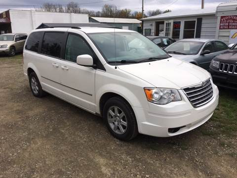 2010 Chrysler Town and Country for sale in Falconer, NY