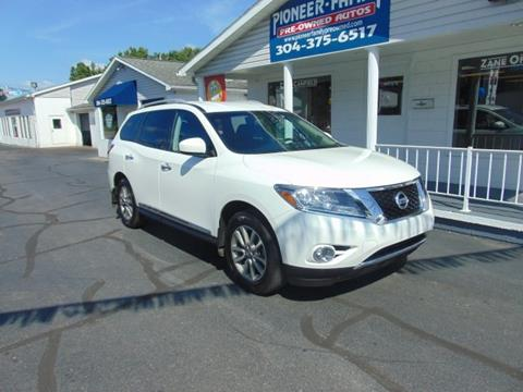 2014 Nissan Pathfinder for sale at Pioneer Family Preowned Autos in Williamstown WV