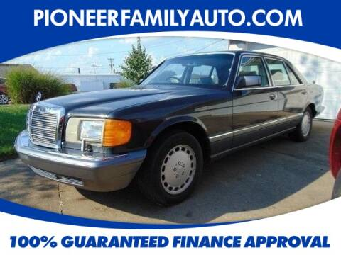 1990 Mercedes-Benz 560-Class for sale at Pioneer Family Preowned Autos in Williamstown WV