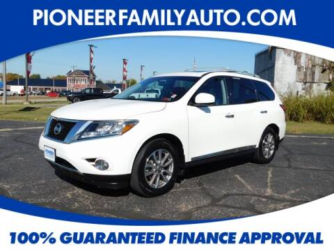 2015 Nissan Pathfinder for sale at Pioneer Family Preowned Autos in Williamstown WV