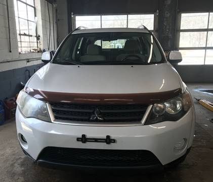 2007 Mitsubishi Outlander for sale at Gaybrook Garage in Essex MA