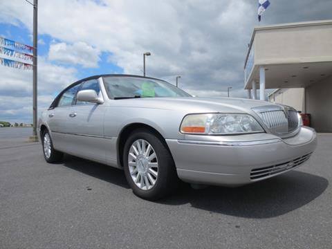 2004 Lincoln Town Car for sale in New Castle, DE