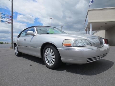 2004 Lincoln Town Car for sale in New Castle, DE
