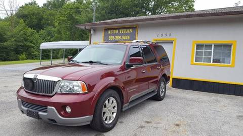 2004 Lincoln Navigator for sale at Auto Titan in Knoxville TN