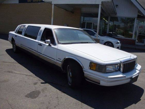 1992 Lincoln Town Car for sale at Collection Auto Import in Charlotte NC