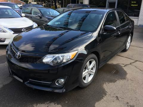 2013 Toyota Camry for sale in North Haven, CT