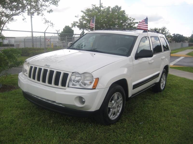 2006 Jeep Grand Cherokee for sale at Planet Automall in Hollywood FL